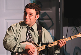 Jason Bragg uses a Dannick Tone Ring on his prewar Gibson banjo