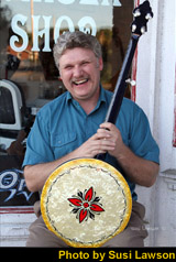 Jim Lloyd with his Kel Kroydon Banjo from AMB